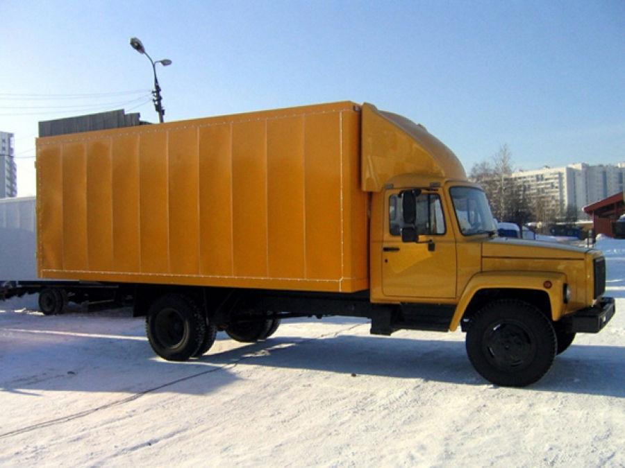 ГАЗ 3307 с промтоварным фургоном