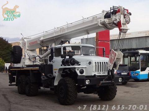 КС-55732-32 на шасси Урал
